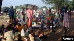 FILE - Displaced South Sudanese families are seen in a camp for internally displaced people in the United Nations Mission in South Sudan (UNMISS) compound in Tomping, Juba, South Sudan, July 11, 2016.