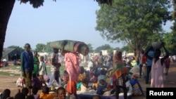 2016年7月11日,失去家园的南苏丹民众暂时居住在联合国使团设立的难民营里。