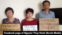 Ba nhà hoạt động ở Hà Nội phản đối dự luật về đặc khu kinh tế, tháng 6/2018.