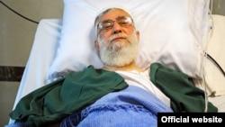 بستری شدن آیتالله خامنهای در بیمارستان - شهریور ۱۳۹۳