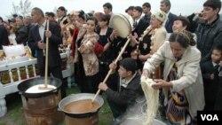 Tirikchilik qiyin, lekin Navro'z hamon dabdabali bayram