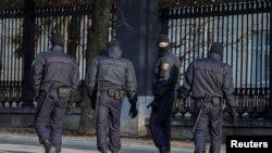 Спецназ на улицах Минска (архивное фото)