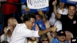 1일 미국 콜로라도주 덴버시에서 유세 중인 미트 롬니 미 공화당 대통령 후보.
