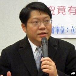 台湾两岸协议监督联盟召集人赖中强律师(资料照片)