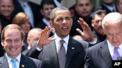 Обама: Време е компаниите да почнат поинтензивно да вработуваат