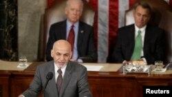Presiden Afghanistan Ashraf Ghani memberikan pidato di hadapan Kongres AS di gedung Capitol di Washington, Rabu (25/3).