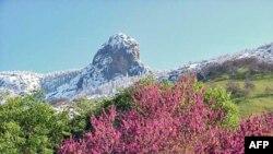 Sekuoja dhe Kings Keniën në Sierra Nevada, dëshmi të madhështisë së natyrës