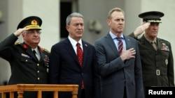 (ARŞİV) Milli Savunma Bakanı Hulusi Akar ve ABD Savunma Bakanı Vekili Patrick Shanahan Pentagon'da