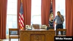 صدر اوباما روسی صدر پوٹن سے فون پر محو گفتگو