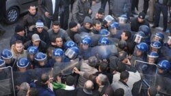 زد و خورد پلیس با تظاهرکنندگان در پایتخت الجزایر