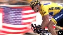 Lance Armstrong, juara tujuh kali Tour de France menghadapi tuduhan penggunaan doping secara sistematis (foto:dok)