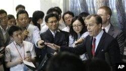 美國對北韓政策特使格林.戴維斯接受記者採訪