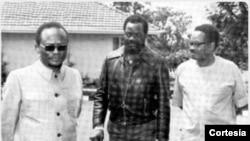 Da esquerda, Holden Roberto, Jonas Savimbi e António Agostinho Neto,
