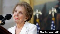 미국의 40대 대통령 로널드 레이건 전 대통령의 부인 낸시 레이건 여사. (자료사진)