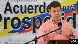 """Santos dijo que """"es muy posible que la guerrilla siga en Venezuela; eso nadie lo ha descartado""""."""