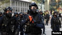 资料照:香港街头的港警
