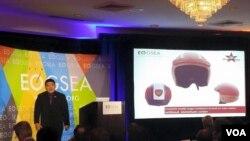 Gilang Hardian saat presentasi di ajang Global Student Entrepreneuship Awards di Washington, D.C. (foto/dok: VOA)