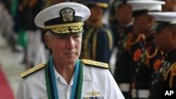 Đô đốc Samuel Locklear, Tư lệnh các lực lượng Hoa Kỳ tại châu Á -Thái Bình Dương.