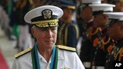 美軍太平洋司令部司令洛克利爾上將2012年訪問菲律賓
