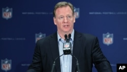 Roger Goodell anunció que Twitter trasmitirá en vivo los juegos de la NFL de los jueves por la noche.