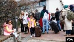 آرشیف: در سال های اخیر، بیش از یک میلیون مهاجر از کشور های سوریه، افغانستان و عراق به آلمان سرازیر شدند