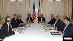 伊朗核談判各方代表仍在維也納舉行會面協商。