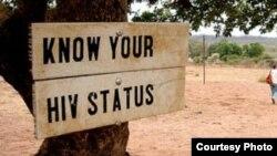 Uji coba vaksin baru HIV akan dimulai hari Rabu (30/11) dan ditujukan pada 5.400 laki-laki dan perempuan usia 18-35 tahun yang aktif secara seksual.