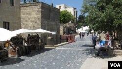 阿塞拜疆首都巴库市中心的摊贩。