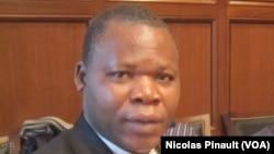 Dieudonné Nzapalainga à Washington, le 18 mars 2014.
