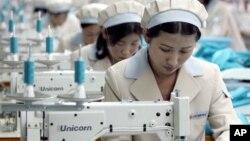개성공단의 북한 근로자. (자료 사진)