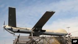 资料照:伊朗展示其无人机。中国在中东大量出口的武装无人机在中东地区冲突中被使用。