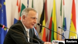 Đại sứ của Liên hiệp Châu Âu tại Trung Quốc Nicolas Chapuis tại một cuộc họp báo ở Bắc Kinh, TQ ngày 17/1/2020. REUTERS/Jason Lee