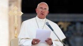 Papa Françesku do të vizitojë Shqipërinë