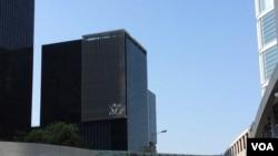 香港立法会综合大楼 (美国之音记者申华拍摄)