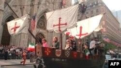 Модель «Санта-Марии» на параде в Нью-Йорке