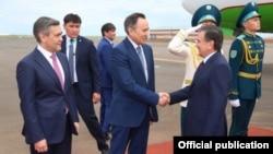 O'zbekiston Prezidenti Shavkat Mirziyoyev Ostonada, 8-iyun, 2017-yil.