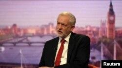 Jeremy Corbyn, Pemimpin Partai Buruh dalam interview di acara BBC, Marr Show, di London, 11 Juni 2017.