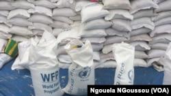 Du riz PAM distribué aux déplacés de Mandza Ndounga dans le Pool, Congo, 18 juin 2018. (VOA/Ngouela NGoussou)