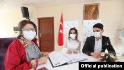 خلیج ممالک کی تنظیم 'گلف کوآپریشن کونسل' کے اراکین ممالک میں 1700 سے زائد افراد میں کرونا وائرس کی تشخیص ہوچکی ہے۔ (فائل فوٹو)