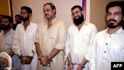 Члены группировки «Лашкар-э-Дангви»