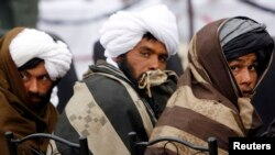Pripadnici Talibana iz Avganistana koji su se priključili vladinom programu pomirenja i reintegracije, u pokrajini Herat, ranije ove godine