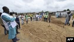 Hội Chữ Thập Đỏ đã tìm thấy ít nhất 60 thi thể tại thành phố Abidjan, 4/5/2011