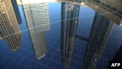 Menara Kembar Petronas di Kuala Lumpur, Malaysia.