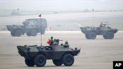 台湾寻求抗衡中国军事力量。图为台湾军队今年4月11日进行汉光演习时。