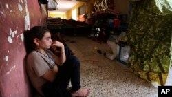 بے گھر ہونے والی ایک یزیدی لڑکی