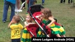 Crianças brasileiras no 20o. Festival Verde e Amarelo, Boston