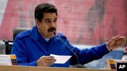 Pemerintah Venezuela hari Kamis (20/10) memblokir referendum untuk memecat Presiden Nicolas Maduro (foto: dok).