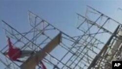 南加州长滩市的一块建筑空地上演了另类钢管秀