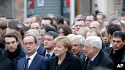 1月11日,世界多国领导人参与巴黎反恐大游行。