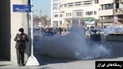 تظاهرات در مشهد (عکس: ایران نیوز)